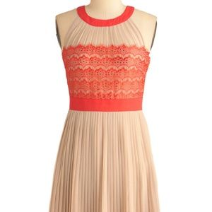 Modcloth coral and tan knife pleat dress Large